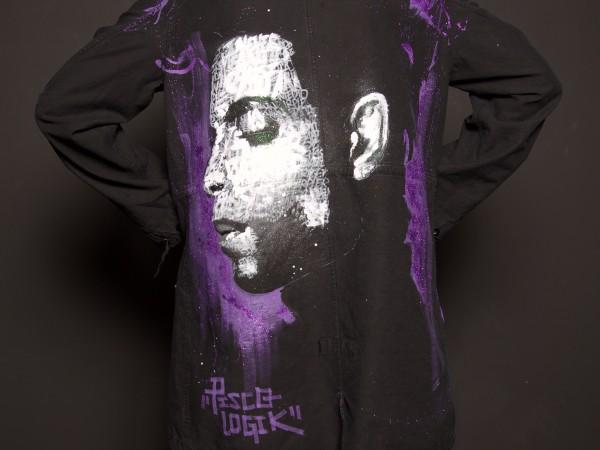 <span>Prince Tribute</span><i>→</i>