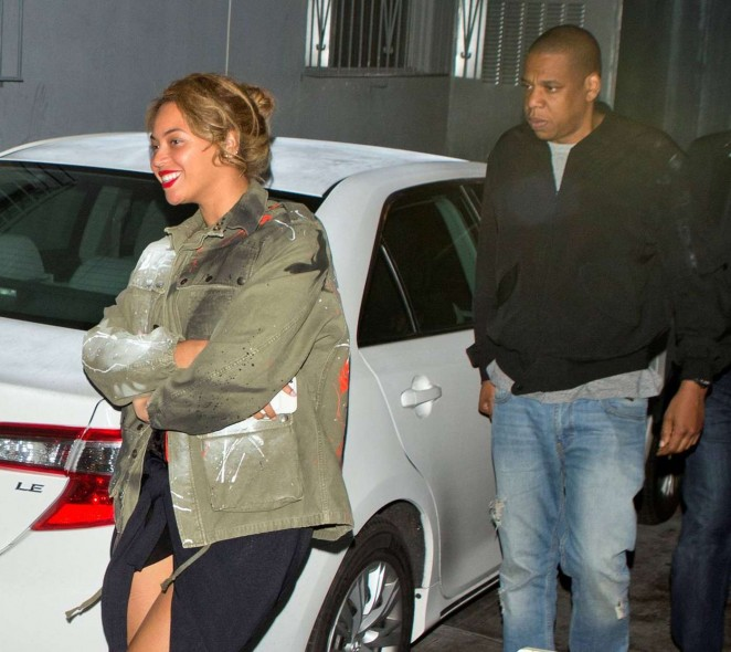 Beyonce--Leaves-Son-of-a-Gun-Restaurant--06-662x590