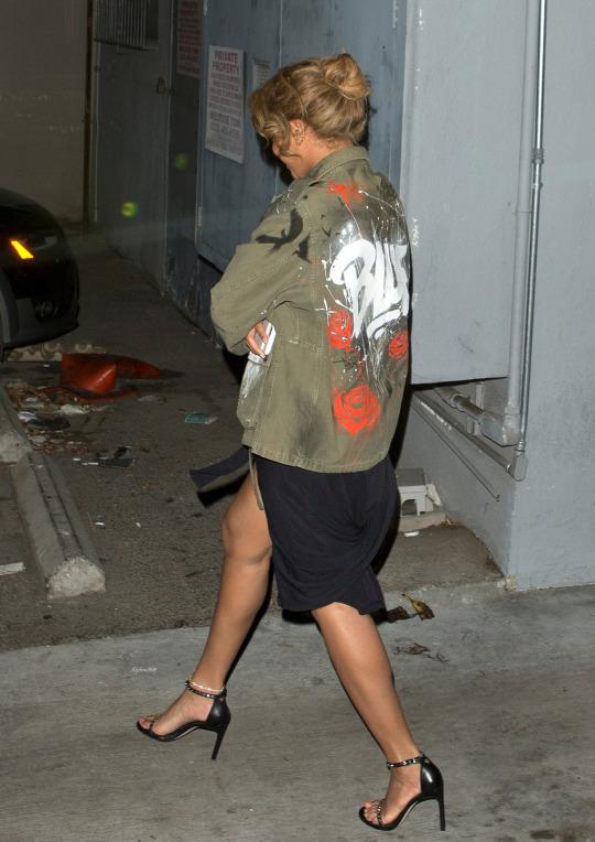 Beyonces-LA-Son-Of-A-Gun-Restaurant-Faith-Connexion-Graffiti-Parka-and-Stuart-Weitzman-WhataStud-Sandals